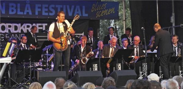Nordkraft Big Band og Mike Andersen til bluesfestival i Aalborg den 15. august 2014. Foto: Poul Rasmussen